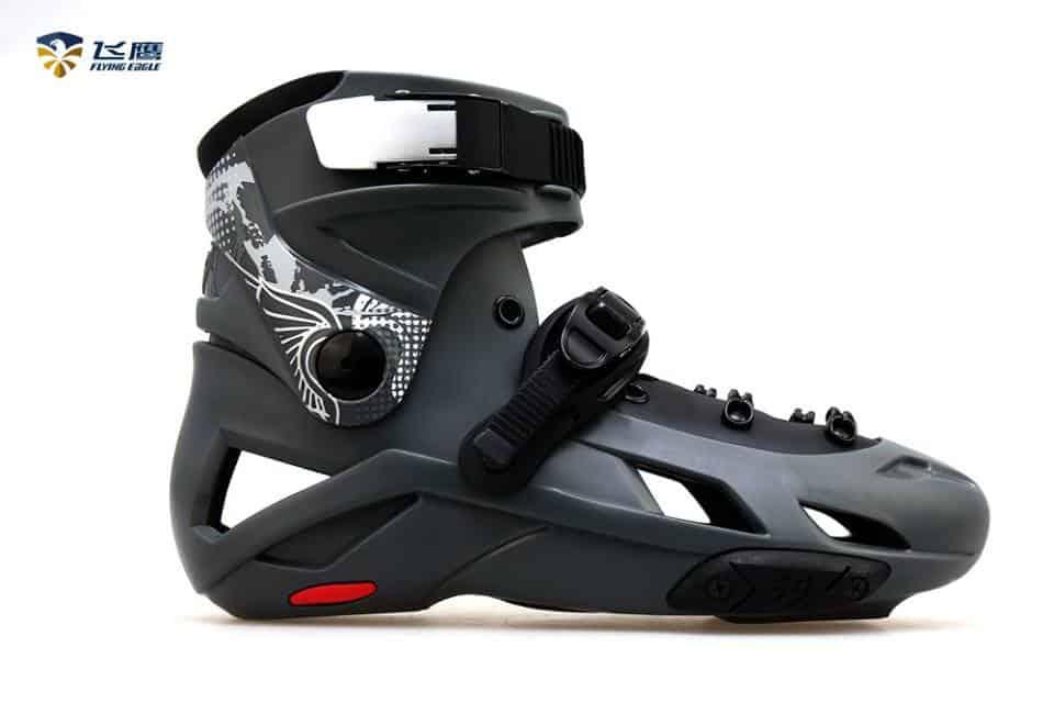 Chọn thân giày trượt với bộ vỏ nhựa chắc chắn chịu lực cao