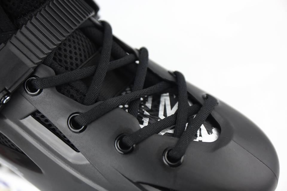 Giày Patin Flying Eagle FBS | Dây buộc hỗ trợ ôm chân hơn