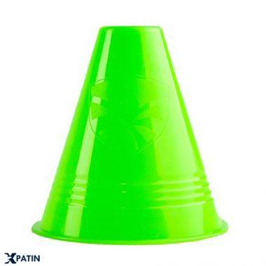 Cốc tập chơi Slalom màu xanh lá