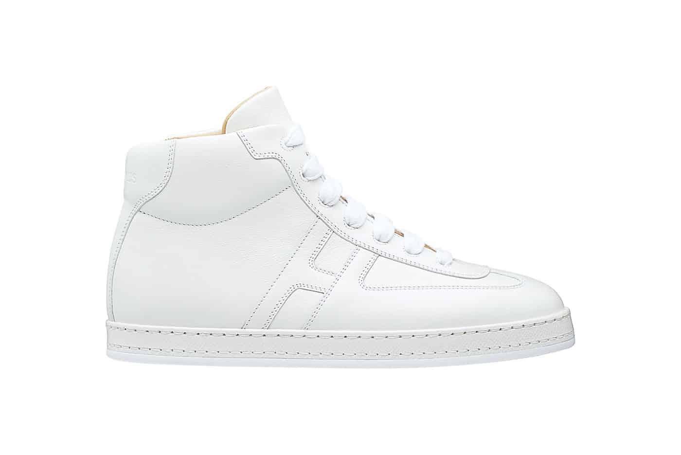 Có thể gắn bánh xe hoặc tháo rời khỏi giày để nó trở thành một đôi sneaker bình thường